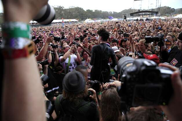 St. Vincent plays guitar right in front of the crowd at Outside Lands music festival in San Francisco, California, on Friday, Aug. 7, 2015. Photo: Connor Radnovich, The Chronicle
