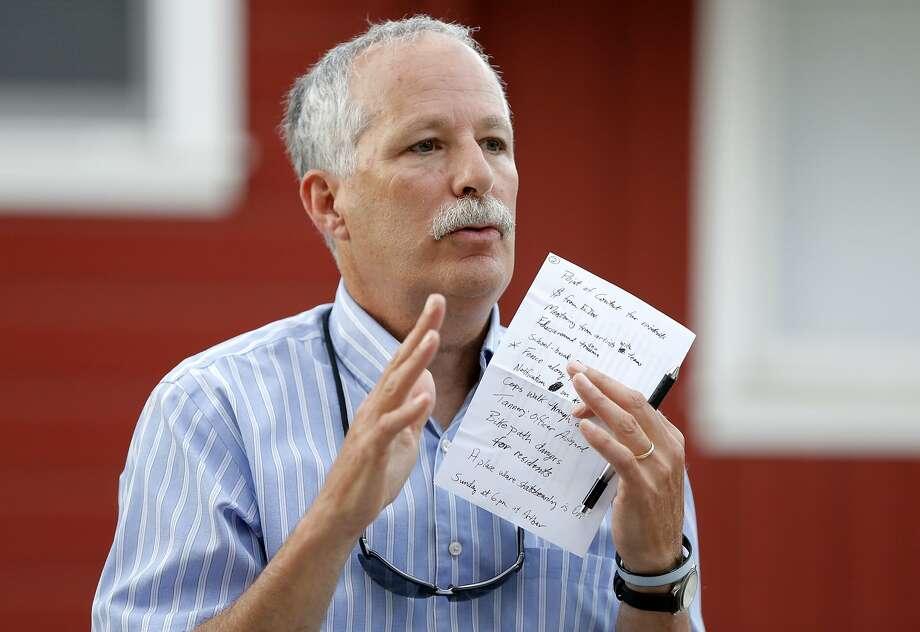 Santa Cruz mayor Don Lane speaks to a crowd of Tannery residents in Santa Cruz, California, on Wednesday, Aug. 5, 2015. Photo: Connor Radnovich, The Chronicle