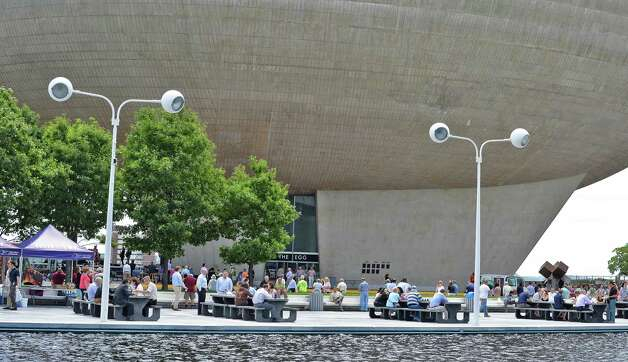 A lunch-time crowd under the Egg on the Empire State Plaza Wednesday July 15, 2015 in Albany, NY.  (John Carl D'Annibale / Times Union) Photo: John Carl D'Annibale / 00032594A