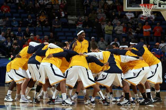 BUFFALO, NY - MARCH 19: The West Virginia Mountaineers
