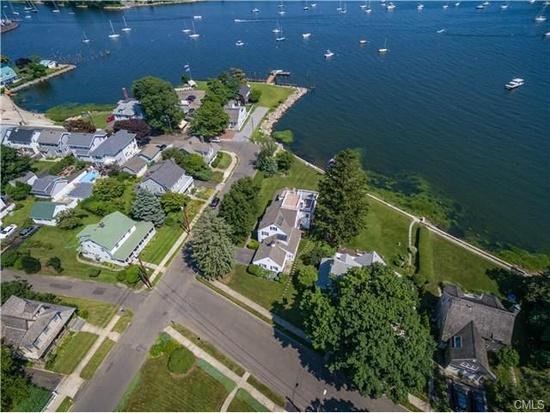 This bridgeport mansion is on the market for 1 6 million Black rock estate