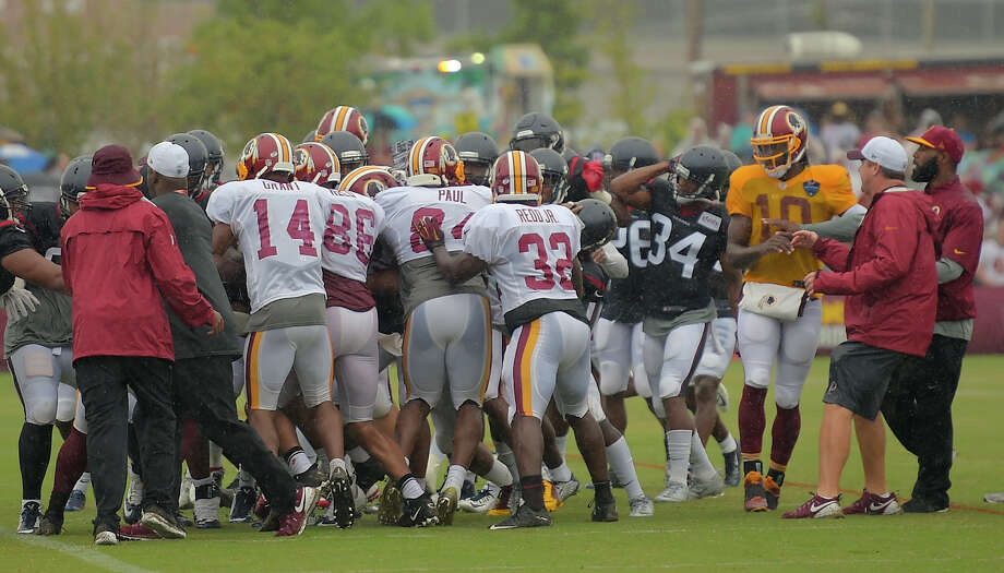 A brawl involving Washington wide receiver Pierre Garcon breaks out between the Washington Redskins and Houston Texans at a joint practice in Richmond, Va. Illustrates FBN-REDSKINS (category s), by Liz Clarke © 2015, The Washington Post. Moved Saturday, Aug. 8,  2015. (MUST CREDIT: Washington Post photo by John McDonnell) Photo: JOHN MCDONNELL, STF / Washington Post / THE WASHINGTON POST
