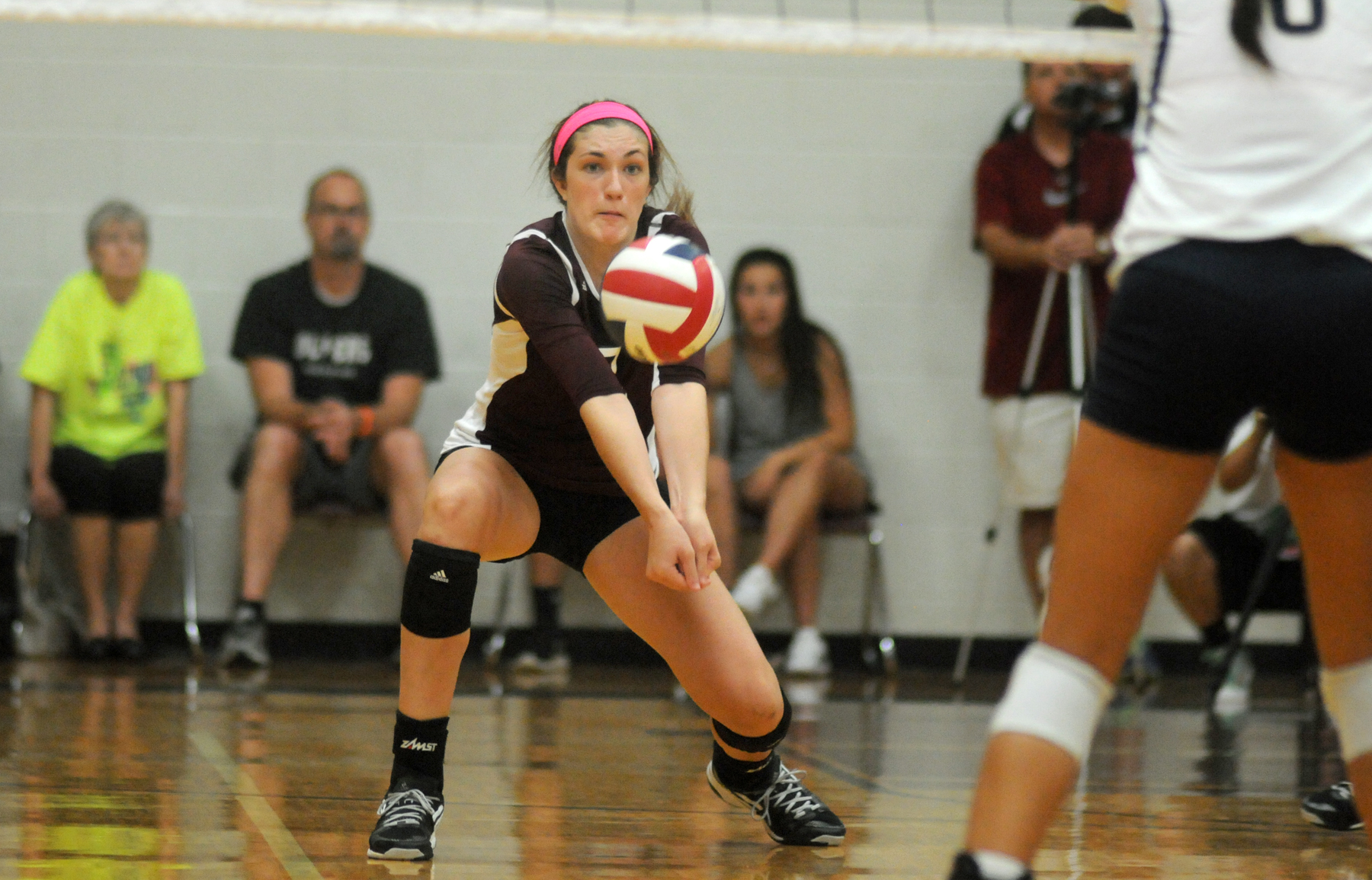 sky u0026 39 s the limit for botkin  pearland volleyball team