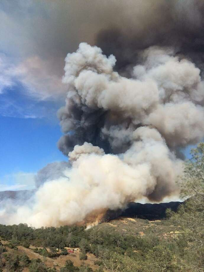 The Jerusalem Fire in Lake County quickly grew to 2,000 acres on Sunday, Aug. 9, 2015. Photo: Courtesy, Daniel Berlant