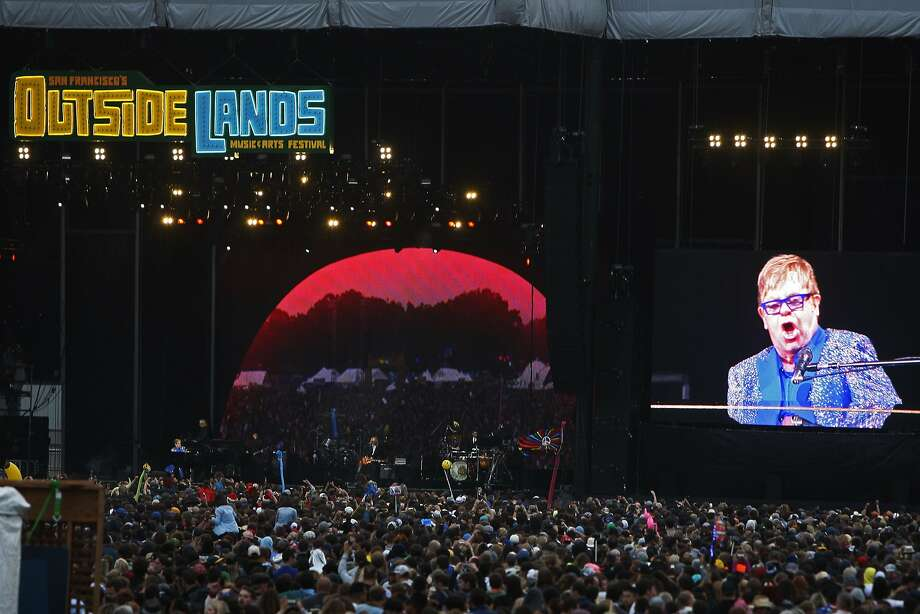 Elton John performs during Outside Lands in San Francisco, Ca. on Aug. 9, 2015. Photo: Dorothy Edwards, The Chronicle