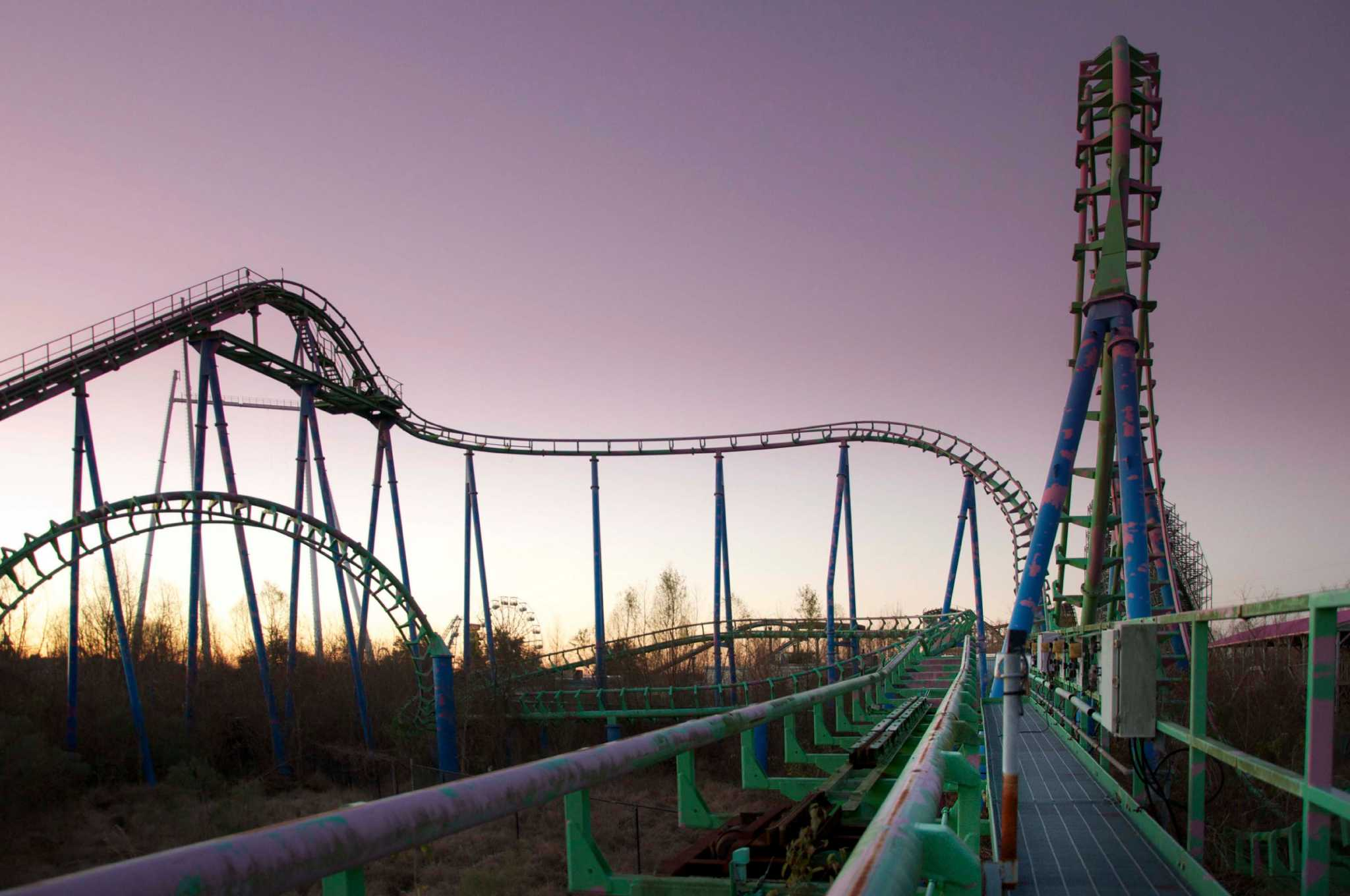 Photos Show Desolate Abandoned Six Flags New Orleans 10 Years After Hurricane Katrina
