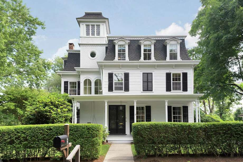 This Propect Street Victorian is walking distance from downtown Darien. Photo: Jarret Liotta / Contributed Photo / Darien News