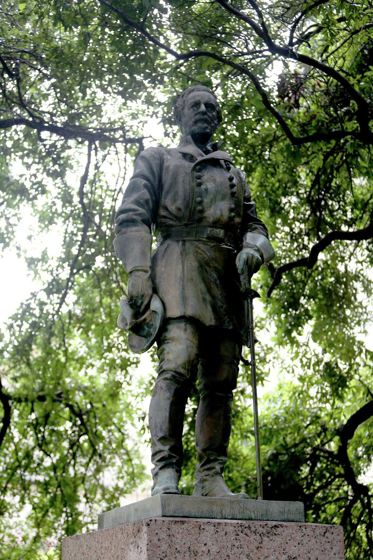 A statue of Gen. Robert E. Lee is one of six memorials that were examined in the report.