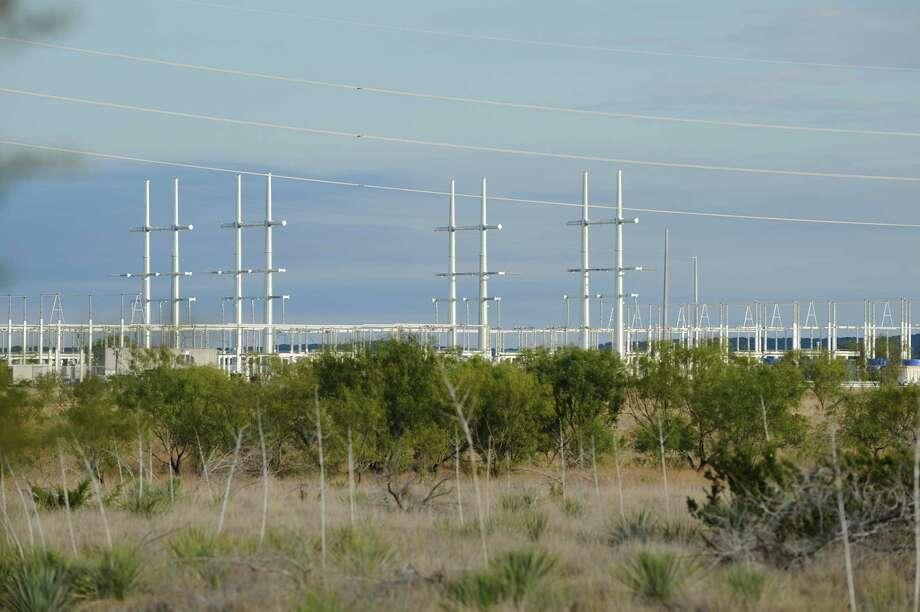 Oncor's transmission system includes the  Competitive Renewable Energy Zones'  lines linking wind generation facilities in remote parts of Texas to more heavily populated areas. (Oncor photo) Photo: Oncor