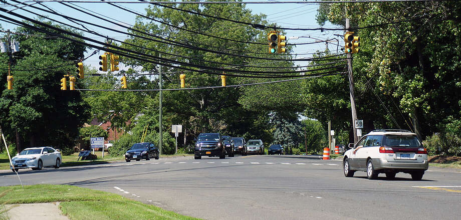 The state Department of Transportation is scheduled to begin nighttime paving of Black Rock Turnpike, from Tunxis Hill to just past the Black Rock Congregational Church. Photo: Genevieve Reilly / Fairfield Citizen / Fairfield Citizen