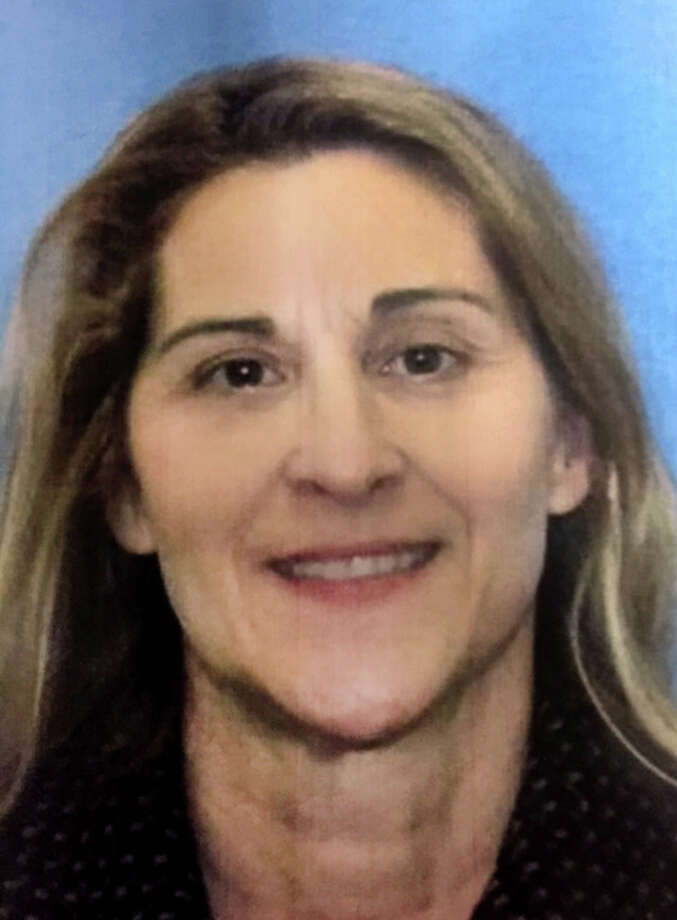 Jeanette Navin, 55, of Easton, Conn. was reported missing on Friday, Aug. 7, 2015. Navin and her husband Jeffrey were last seen on Tuesday, Aug. 4. Photo: Contributed / Contributed Photo / Connecticut Post Contributed