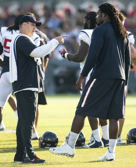 Texans linebacker Jadeveon Clowney (right) is expected to make his training camp debut Monday, per coach Bill O'Brien.  ( Brett Coomer / Houston Chronicle ) Photo: Brett Coomer, Houston Chronicle
