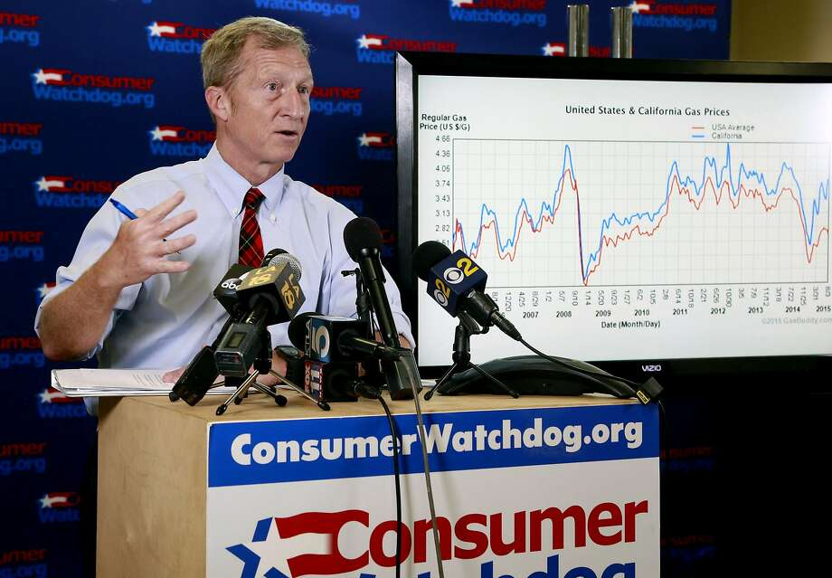 Billionaire climate activist Tom Steyer speaks during a news conference in Santa Monica on Aug. 5, 2015. (AP Photo/Nick Ut) Photo: Nick Ut, Associated Press