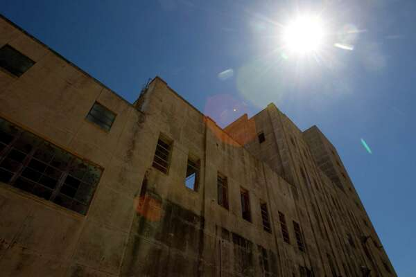 The abandoned Falstaff Brewery in 2011 stands empty and falling apart. The brewery has been vacant since 1981. ( Brett Coomer / Houston Chronicle )