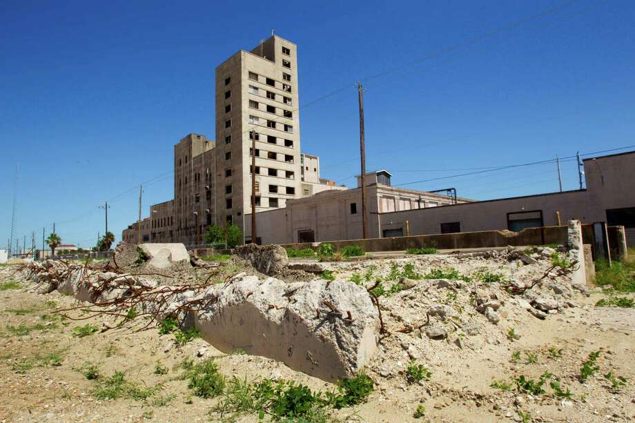 The abandoned Falstaff brewery stands empty and in disrepair in 2011. A Friendswood attorney is turning it around.. Photo: Brett Coomer, Staff / © 2011 Houston Chronicle