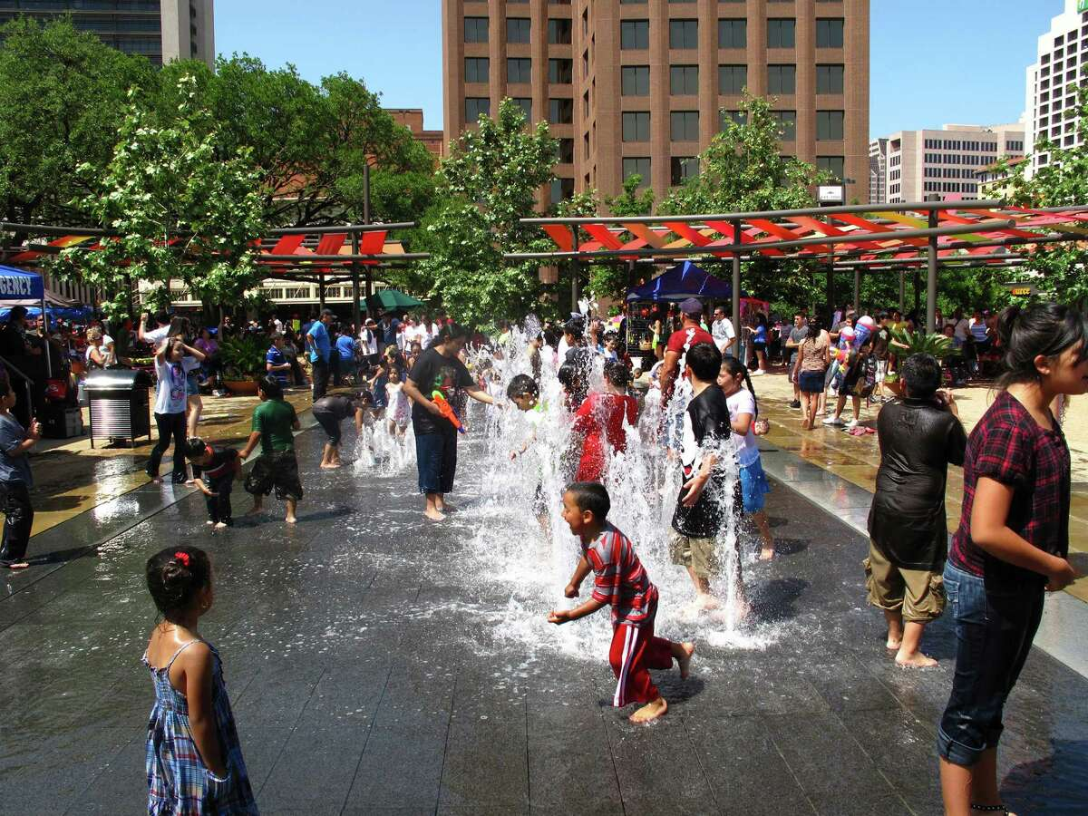 Lake Flato Architects oversaw the renovation of San Antonio's Main Plaza.