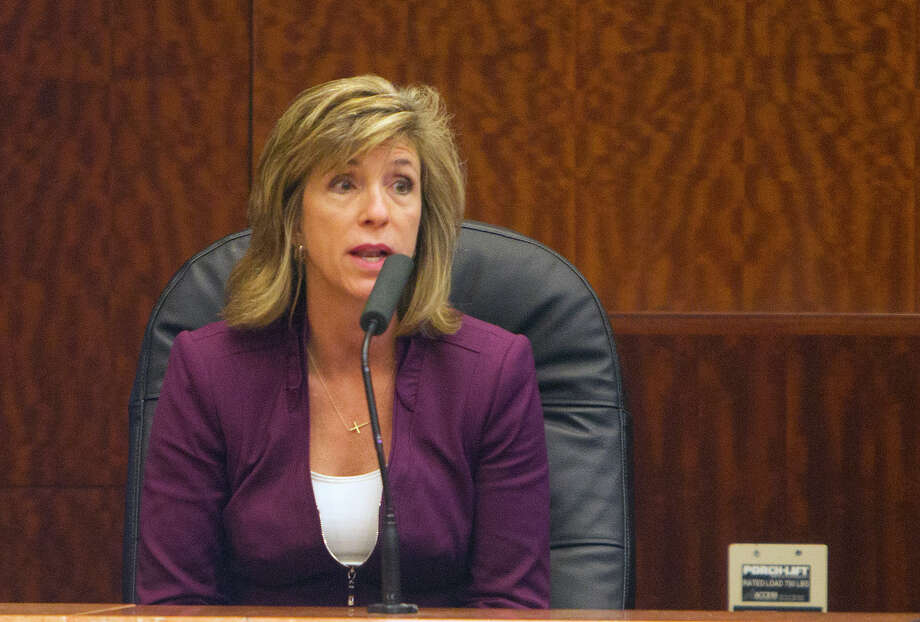 Kelly Siegler testifies during a hearing for a possible retrial for David Temple at the Ceremonial Courtroom at the Harris County Criminal Courthouse, Dec. 22, 2014, in Houston. Photo: Cody Duty, Staff / © 2014 Houston Chronicle