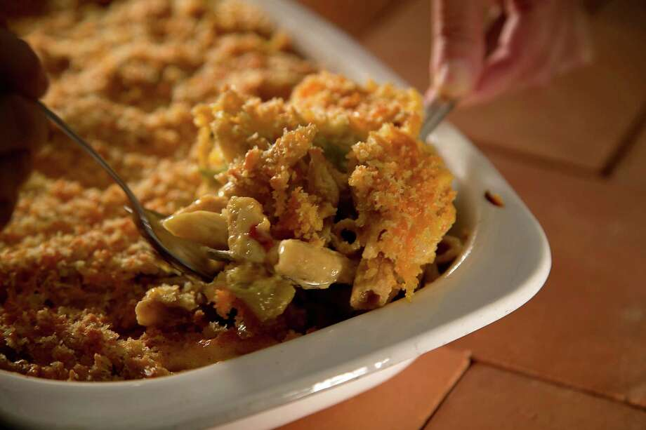 Green chile mac and cheese is a great way to make use of the popular southwestern ingredient. Photo: Kirk McKoy /TNS / Los Angeles Times