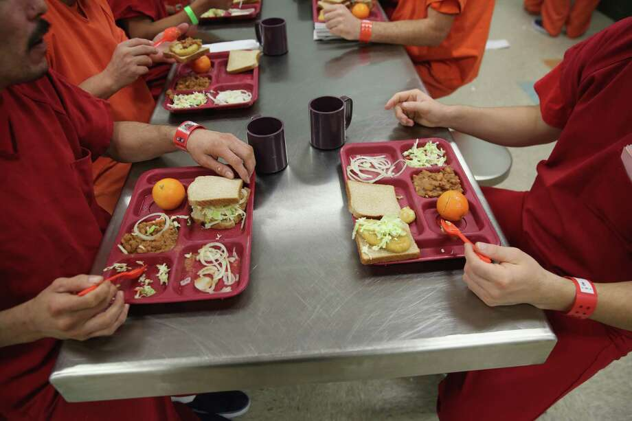 """Don't ask for more food.The TDCJ's Offender Orientation Handbook says, """"Offenders will not try to have more food placed on their tray by offenders working on the serving line. The offender workers have been told by officials how much food to serve."""" Photo: John Moore, Getty / 2013 Getty Images"""