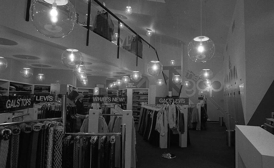 The Gap Levi's store  Photos date 01/10/1974 Photo: Peter Breinig, The Chronicle