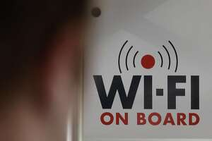 Woman says Wi-Fi allergy killed her daughter - Photo