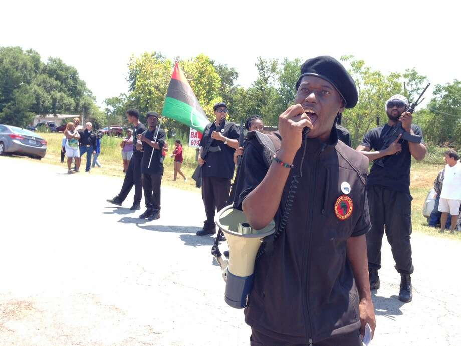 Black Panthers protest in front of the Waller County Sheriff's jail on Wednesday, Aug. 12, 2015. Photo: Steve Gonzales/Houston Chronicle