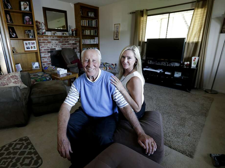 NFL Hall of Famer Fred Biletnikoff and his wife, Angela, support Tracey's Place of Hope in Loomis (Placer County). Photo: Rich Pedroncelli, Associated Press