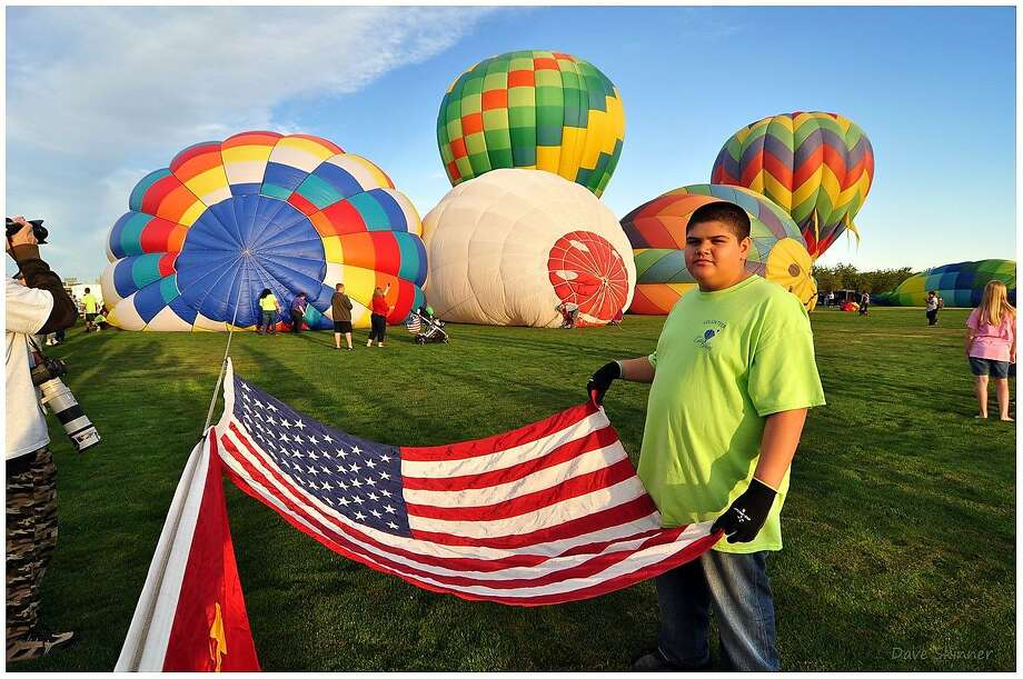 Hot-air balloons Color the Skies in a benefit for local youth programs and Valley Children's Hospital in the almond-growing town of Ripon. Photo: Color The Skies