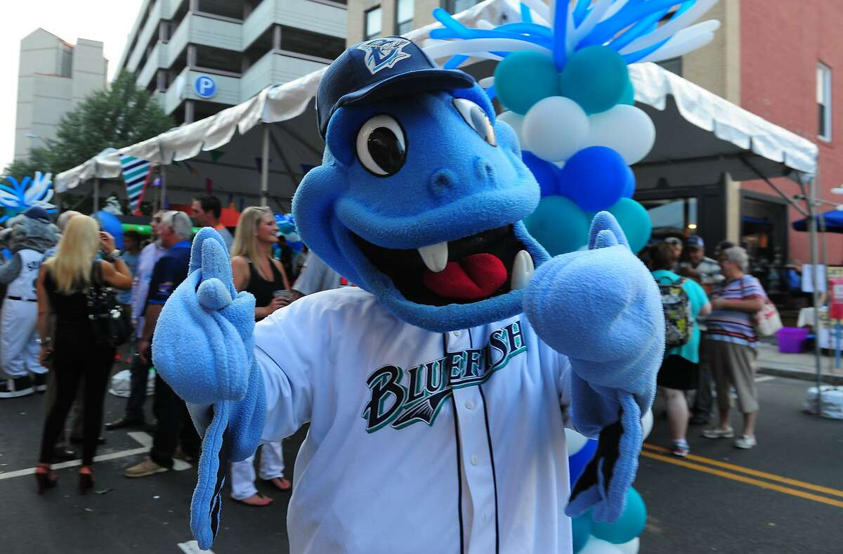 Saturday, September 5 - 2015 Fish Fest in Bridgeport Join the Bridgeport Blue Fish in their first annual Fish Fest at the Ballpark at Harbor Yard. The festival includes food trucks, live country music, and a Two Roads beer garden, along with activities and rides for family fun. Admission is $25.