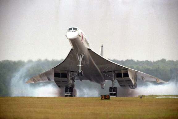 British Airlines' Concorde arrives at Houston Intercontinental Airport, Aug. 21, 1985