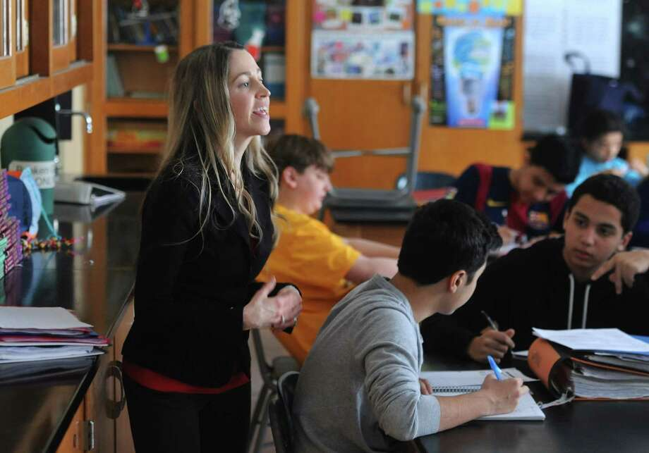 Jessica Lannacone teaches an eighth grade science class at Western Middle School in March. The CMT standardized test in science is taken in fifth and eighth grade and is one of the test scores the Greenwich School District hopes to improve. Educators are still waiting for some test scores to be released from the state. Photo: Tyler Sizemore / Tyler Sizemore / Greenwich Time