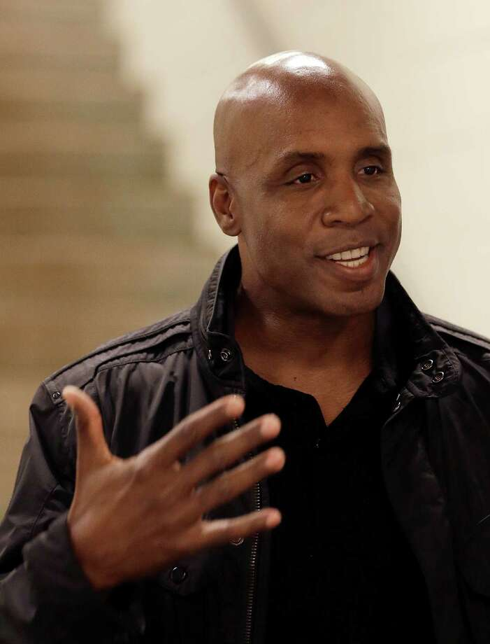Former San Francisco Giants player Barry Bonds gestures during an interview prior to the baseball game between the Washington Nationals and the San Francisco Giants, Thursday, Aug. 13, 2015, in San Francisco. (AP Photo/Ben Margot) ORG XMIT: FXPB101 Photo: Ben Margot / AP