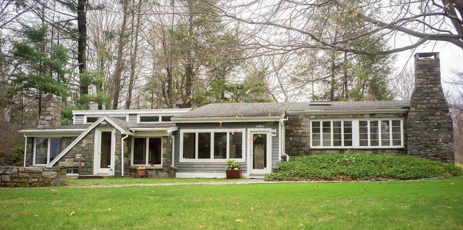 The property at 1 Heron Lake Lane is on the market for $749,000. Photo: Contributed Photos / Westport News