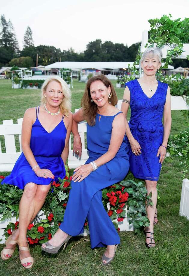 Jen McDonald, Suzanne Rischman and Wendy Baum at the Menlo Charity Horse Show Gala on August 7, 2015. Photo: B.HUST, Drew Altizer Photography / © 2015 Drew Altizer Photography