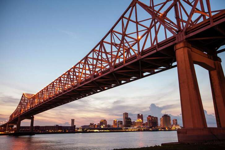 A scenic sunset view in New Orleans.