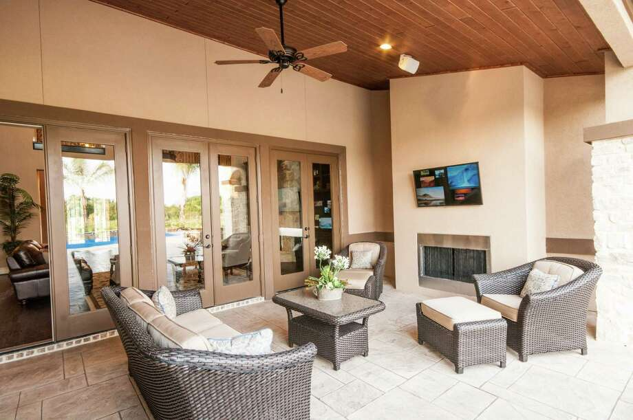 D.R. Horton created this outdoor living area at one of its homes in The Manors in Missouri City. -- photo courtesy of D.R. Horton Photo: Nathan Simmons, Owner / Nathan Simmons and Photographics