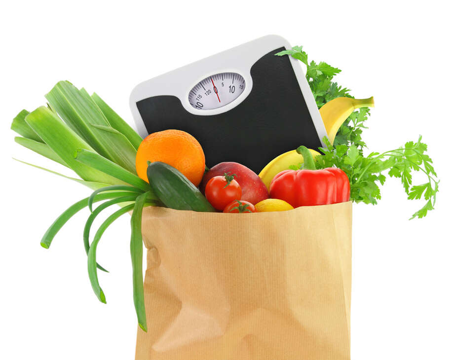 Many people struggling with weight issues don't have a realistic idea about how much food they eat each day. Photo: Fotolia / viperagp - Fotolia