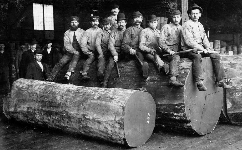 Woodcutters in Oregon wear Levi-Strauss denim in 1880. Photo: Ullstein Bild / Ullstein Bild 1880 / ullstein bild