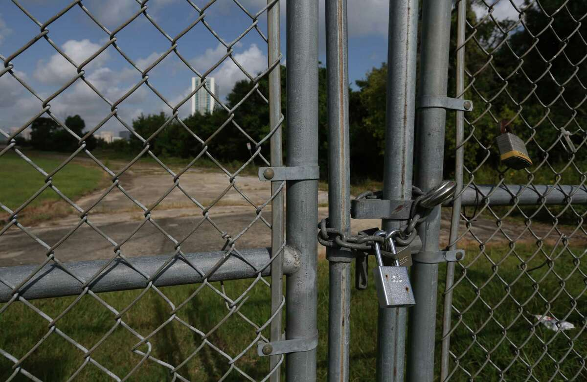 A vacant lot near Texas 288 and N MacGregor Way, owned by the Houston Community College System, is seen Friday, July 10, 2015, in Houston. ( Jon Shapley / Houston Chronicle )