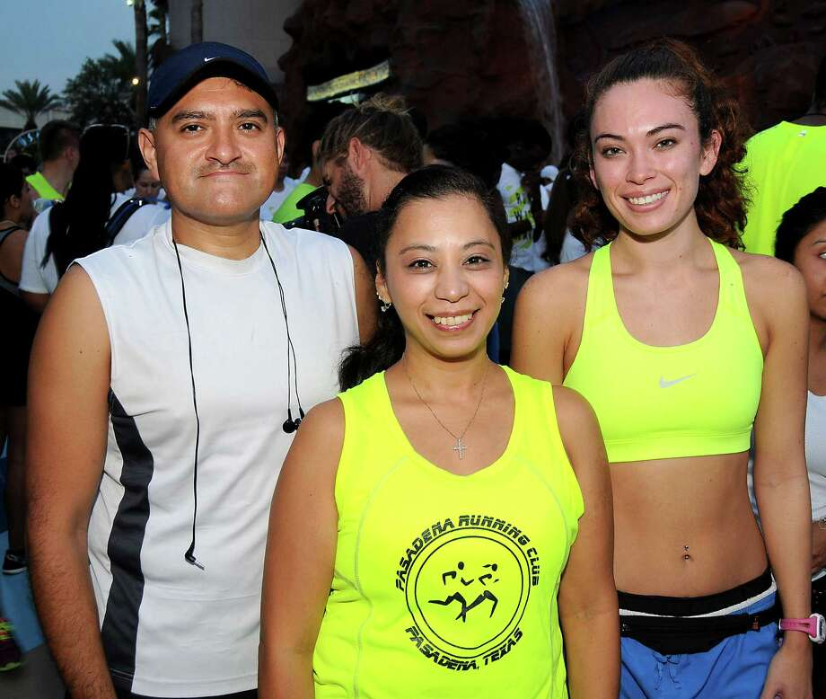 Runners at the Run with Hart 5K at the Downtown Aquarium Sunday August 16, 2015.(Dave Rossman photo) Photo: Dave Rossman, For The Chronicle / Freelalnce