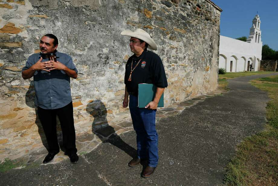 Ramón Vásquez (left) and Jesús José Reyes Jr. are with the American Indians in Texas at the Spanish Colonial Missions. Photo: Kin Man Hui /San Antonio Express-News / ©2015 San Antonio Express-News