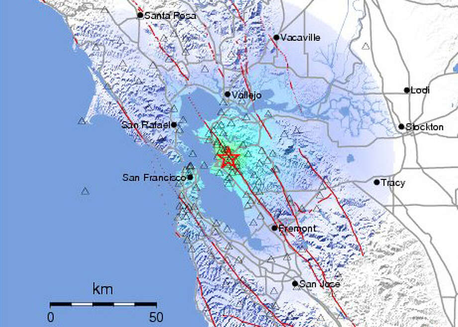 This USGS map shows an earlier, smaller earthquake striking along the Hayward Fault.  Photo: USGS
