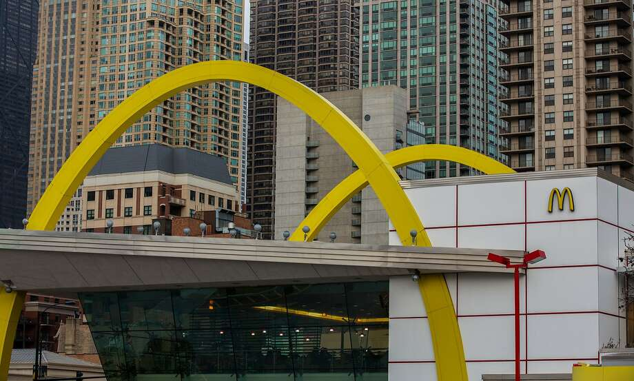 A new bill would limit the ability of firms like McDon ald's to unfairly end their franchi sees' contracts. Photo: Zbigniew Bzdak, McClatchy-Tribune News Service
