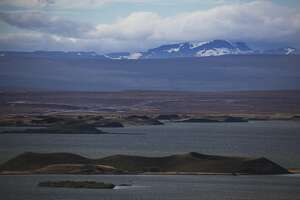 Spoiled by solitude in Iceland?s north - Photo