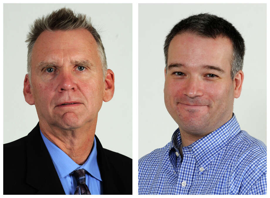 Political reporters for Hearst Connecticut Newspapers Ken Dixon (left) and Neil Vigdor. Photo: Cathy Zuraw / Hearst Connecticut Media / Connecticut Post