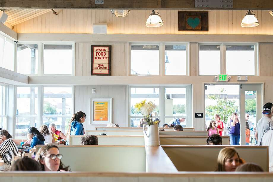 Amy's Drive Thru in Rohnert Park is light, bright and family friendly. Photo: Jen Fedrizzi, Special To The Chronicle