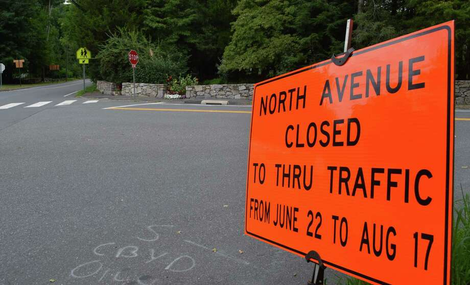 Latest plans for the delayed reconstruction of the North Avenue bridge over the Merritt Parkway call for the work to be finished by late October -- not mid-August as initially planned. Photo: Jarret Liotta / For Hearst Connecticut Media / Westport News