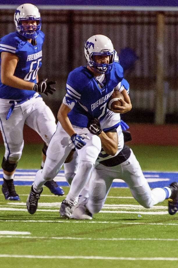 Friendswood quarterback Tyler Page is set to return after being sidelined since last October with an injury. Photo: ÂKim Christensen, Photographer / ©Kim Christensen