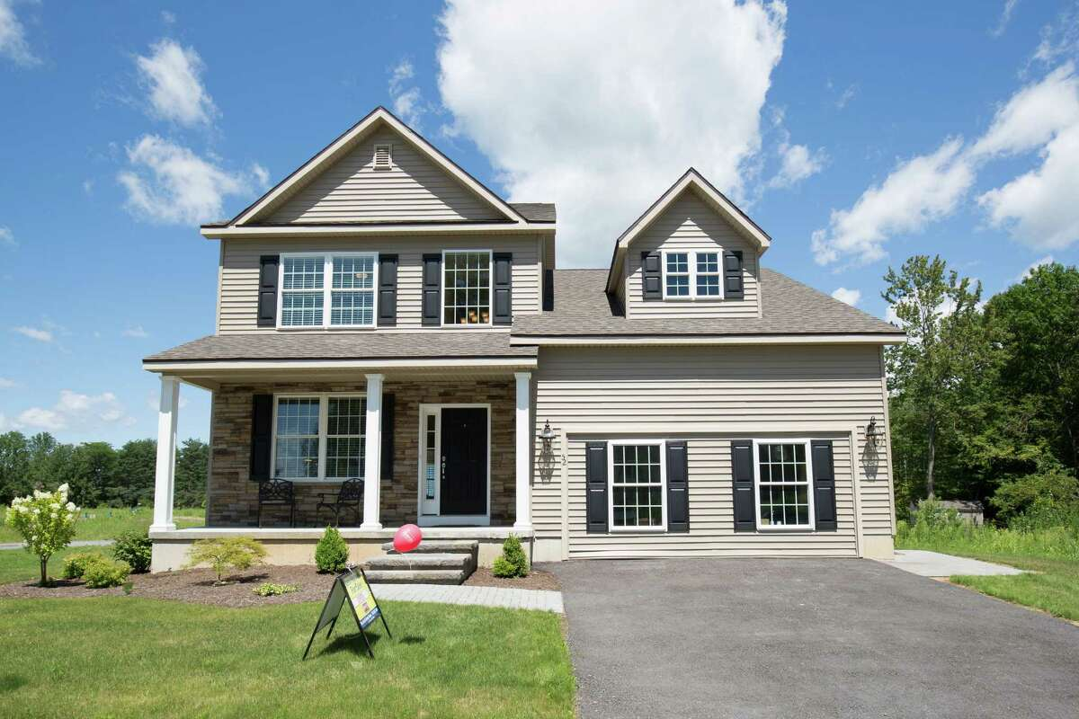 House of the Week: 52 Sycamore St., Ballston Lake | Realtor: Scott Varleyof RealtyUSA | Discuss: Talk about this house