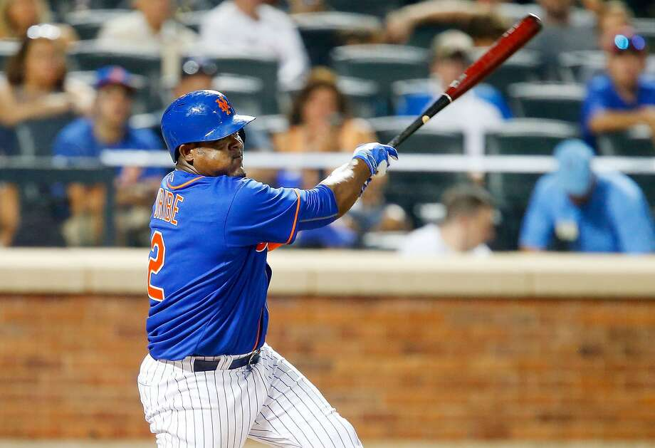 Juan Uribe is hitting .169 since being acquired by the Mets from the Braves on July 24, but has four homers for New York. Photo: Jim McIsaac, Getty Images